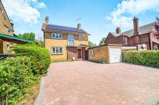 3 Bedrooms Detached House for sale in Holland Road, Maidstone, Kent