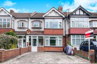 3 Bedrooms Terraced House for sale in Lower Addiscombe Road, Croydon