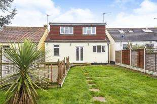 3 Bedrooms Bungalow for sale in Queenborough Road, Minster On Sea, Sheerness, Kent