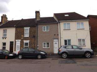 2 Bedrooms Terraced House for sale in Charles Street, Rochester, Kent