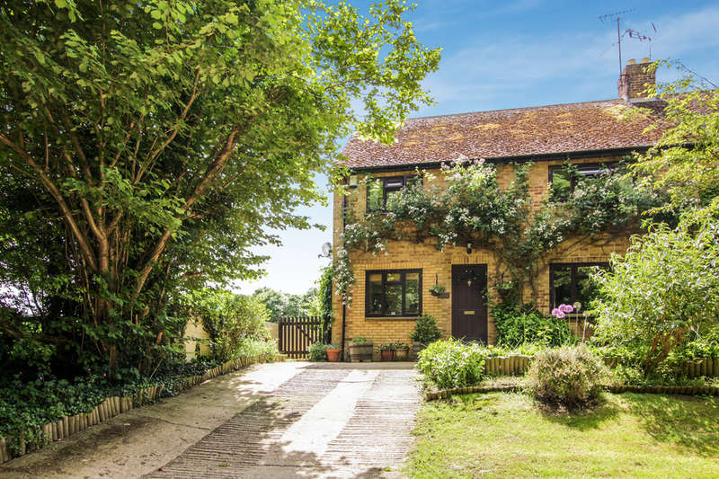 3 Bedrooms Cottage House for sale in Little Haseley