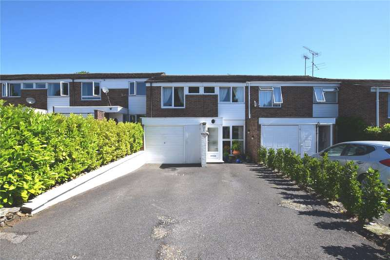 4 Bedrooms Terraced House for sale in Lanark Close, Frimley, Camberley, Surrey, GU16