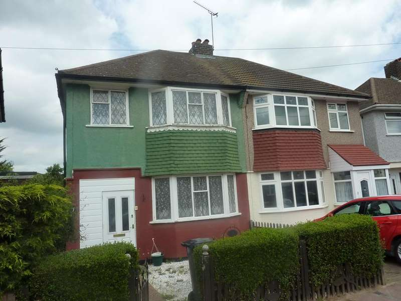3 Bedrooms Semi Detached House for sale in Dunbar Avenue, Dagenham RM10