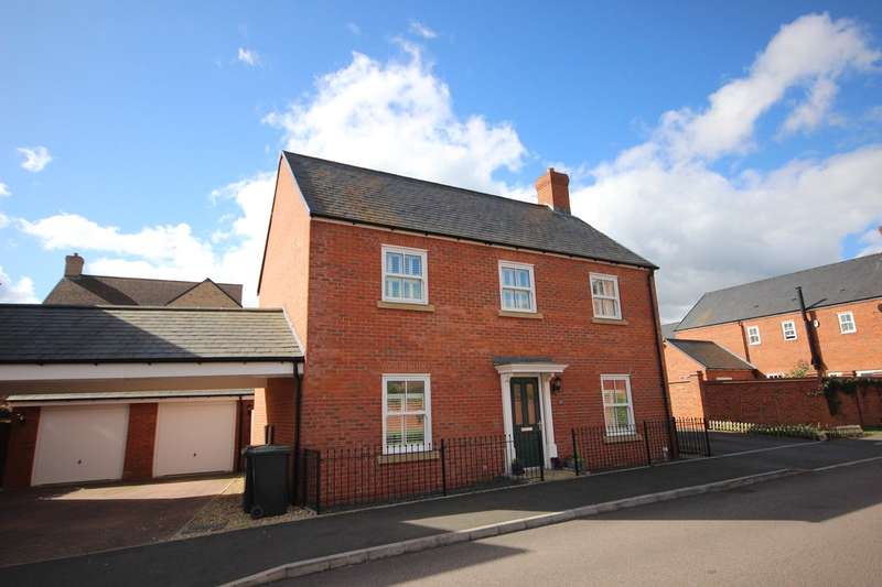 4 Bedrooms Detached House for sale in Wagstaff Way, Ampthill, Bedford, MK45