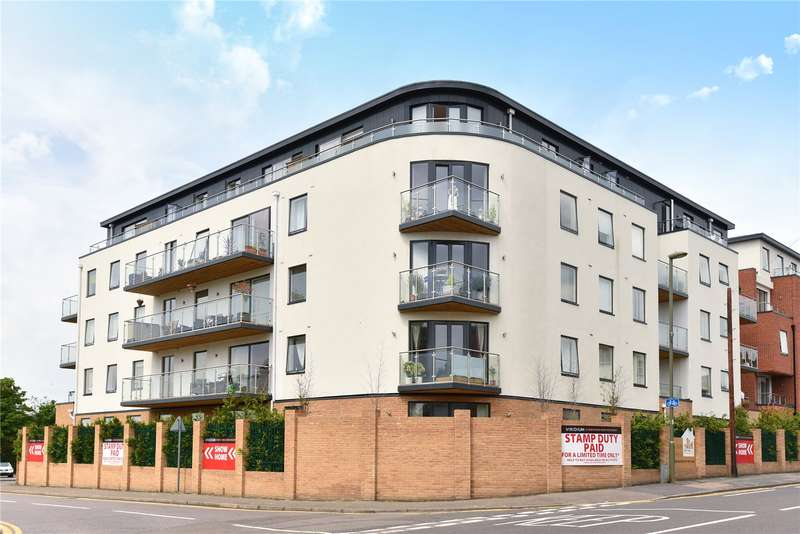 2 Bedrooms Apartment Flat for sale in Grosvenor Mansions, Sullivan Road, Camberley, Surrey, GU15