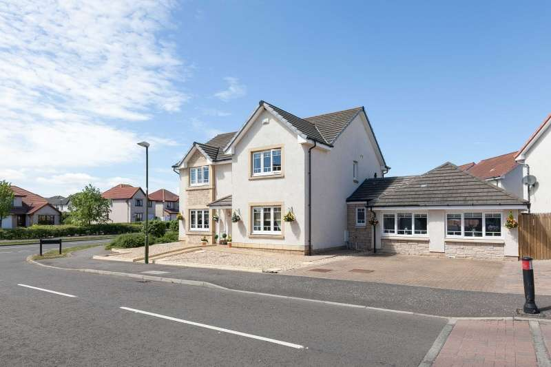 5 Bedrooms Detached Villa House for sale in Lawson Way, Tranent, East Lothian, EH33 2QJ