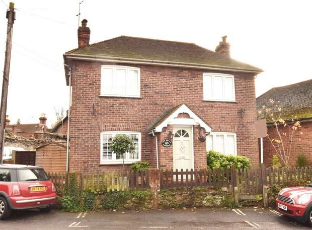 3 Bedrooms Detached House for sale in Six Bells Cottage, Church Road, Seal, Sevenoaks, Kent