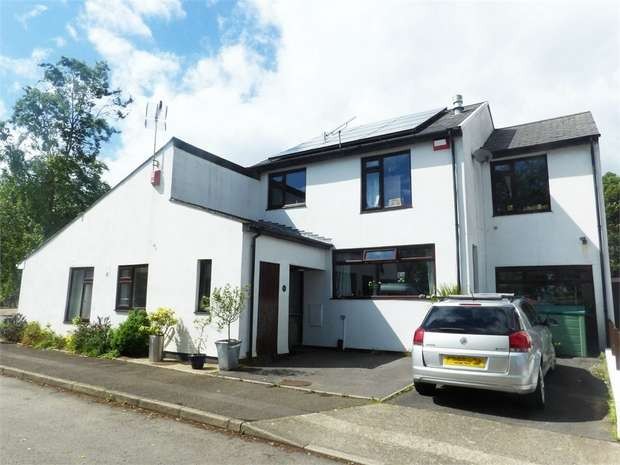 3 Bedrooms Semi Detached House for sale in Clevedon Court, Uplands, Swansea, West Glamorgan