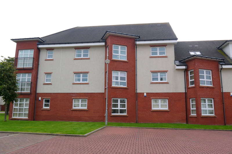 2 Bedrooms Flat for sale in Elms Way, Ayr, KA8
