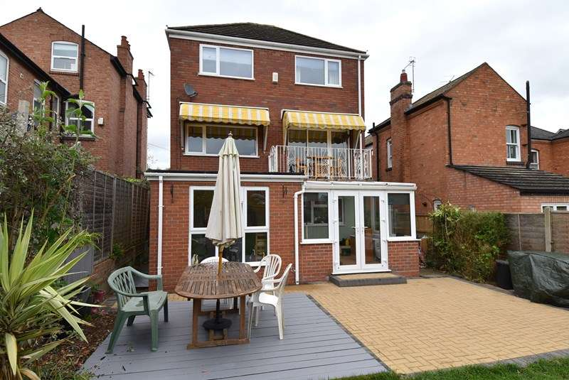 5 Bedrooms Detached House for sale in Corbett Street, Droitwich