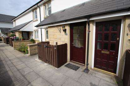 1 Bedroom Flat for sale in St. Mary's Court, Church Lane, Mellor, Lancashire