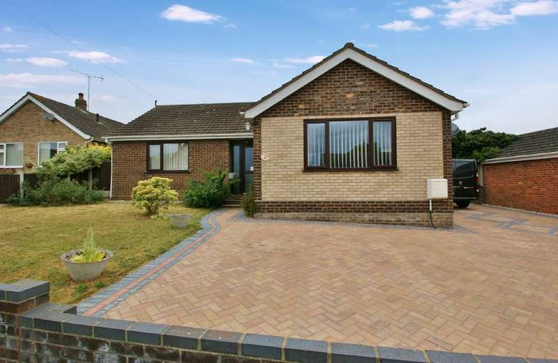 3 Bedrooms Detached Bungalow for sale in William Peck Road, Spixworth