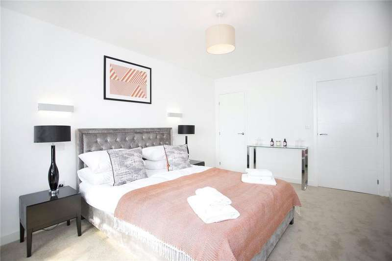 1 Bedroom Flat for sale in Royal Crescent Apartments, 1 Royal Crescent Road, Southampton, Hampshire, SO14