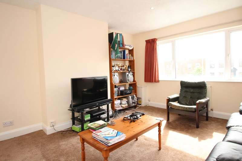 1 Bedroom Flat for sale in London Road, Cheam, Sutton, SM3