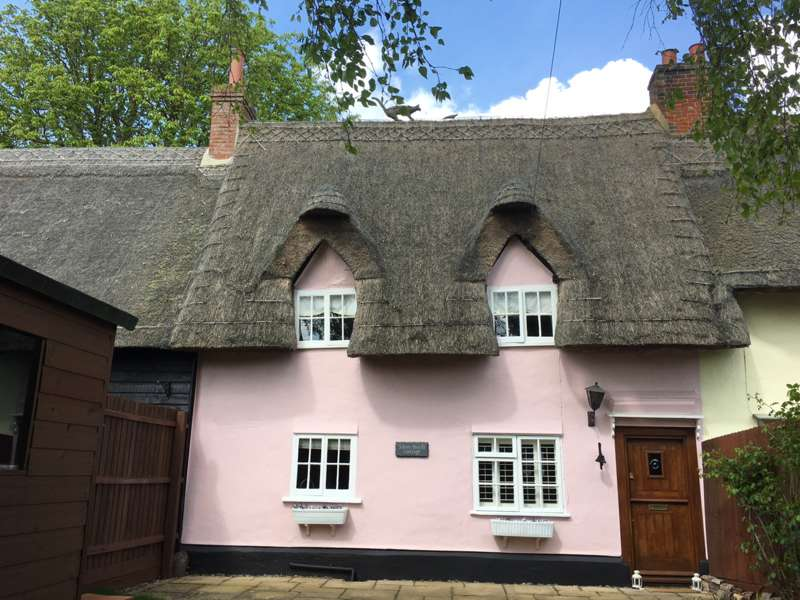 2 Bedrooms Cottage House for sale in Silver Birch Cottage, Bassingbourn, Royston, SG8