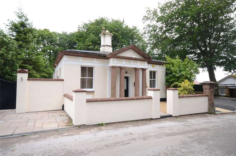 3 Bedrooms Detached Bungalow for sale in Allerton Road, Calderstones, Liverpool, L18