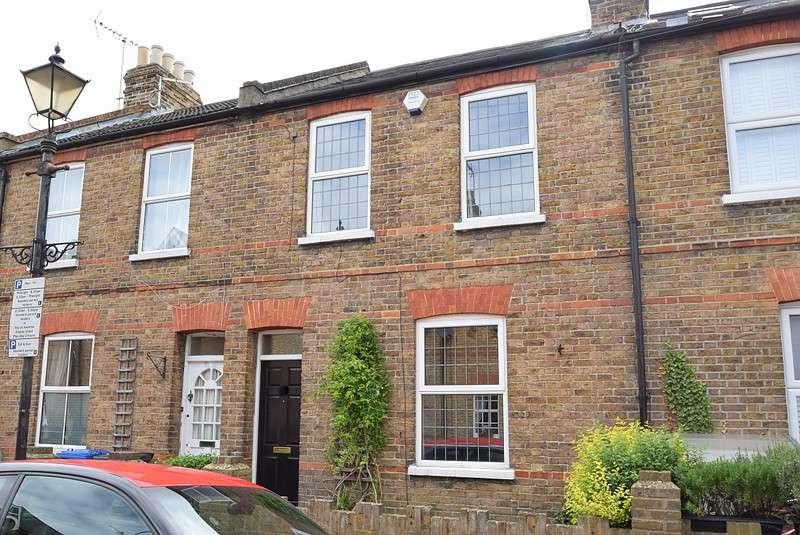 2 Bedrooms Semi Detached House for sale in Duke Street, Windsor, SL4