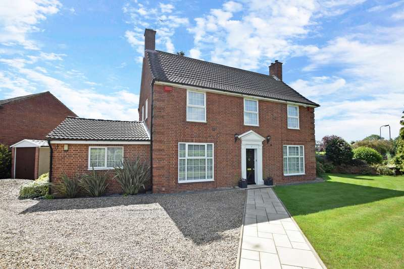 5 Bedrooms Detached House for sale in Eight Acres, Burnham, SL1