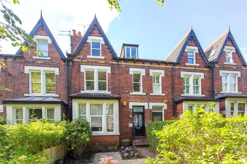 3 Bedrooms Flat for sale in Shaftesbury Avenue, Leeds, West Yorkshire, LS8