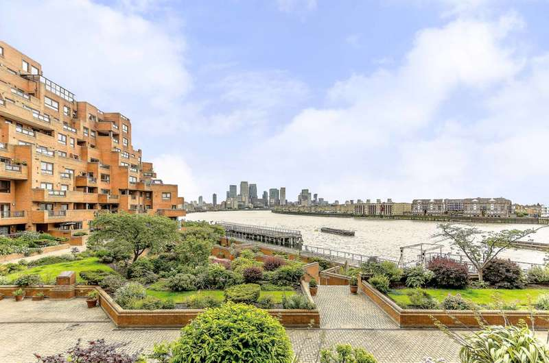 2 Bedrooms Flat for sale in Free Trade Wharf, Wapping, E1W