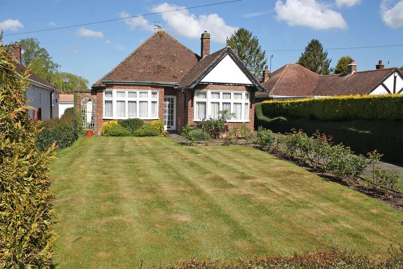 2 Bedrooms Detached Bungalow for sale in Ironsbottom, Sidlow, Reigate, Surrey, RH2