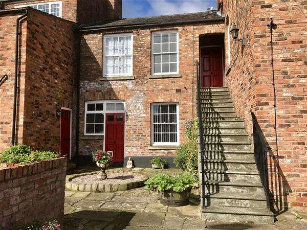 1 Bedroom Apartment Flat for sale in Grapes Court, Lord Street, Macclesfield