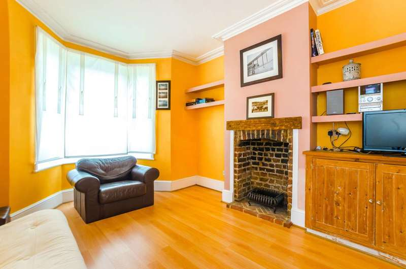 1 Bedroom Flat for sale in Chesterton Terrace, Plaistow, E13