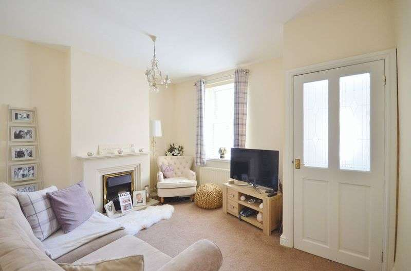 2 Bedrooms Property for sale in Harcourt Street, Workington