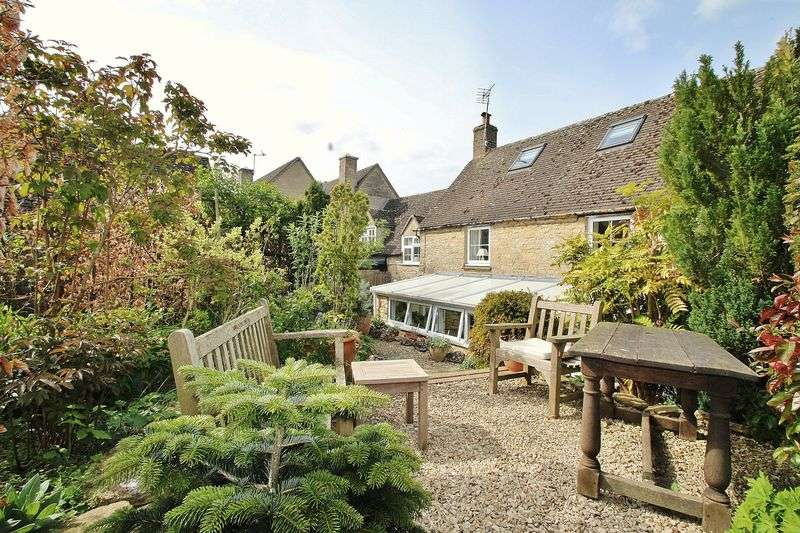3 Bedrooms Property for sale in High Street, Finstock