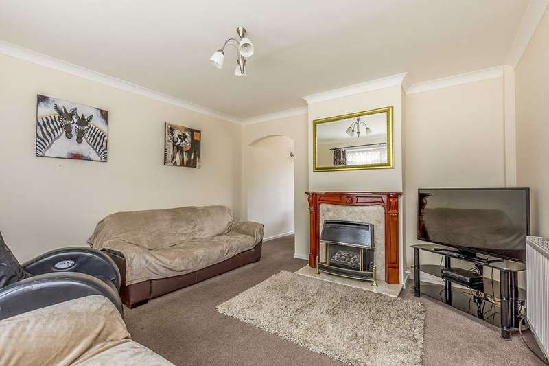 3 Bedrooms Property for sale in Ellisfield Road, Havant, PO9