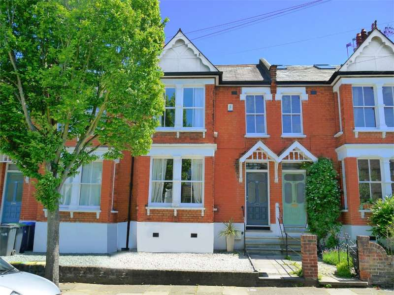 3 Bedrooms Terraced House for sale in Warwick Road, Bounds Green