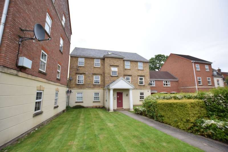 2 Bedrooms Ground Flat for sale in Ledwell, Dickens Heath, B90