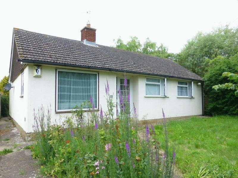 Property for sale in 23 Lower End, Piddington