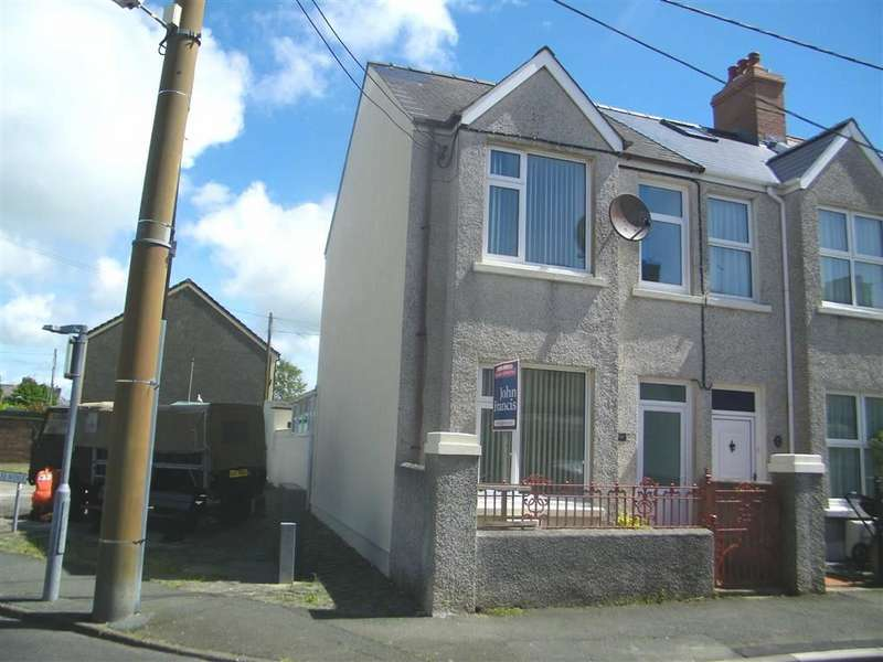 3 Bedrooms End Of Terrace House for sale in Shakespeare Avenue, Milford Haven