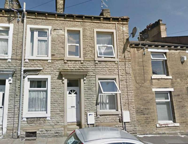 6 Bedrooms Terraced House for sale in a Union Street South, Halifax, West Yorkshire, HX1