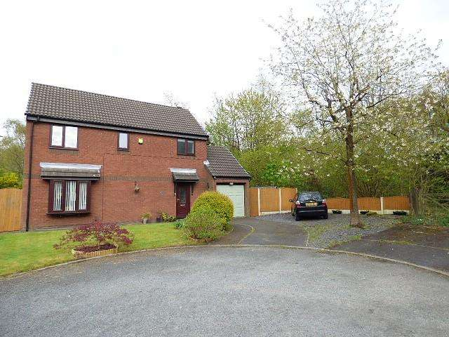 3 Bedrooms Detached House for sale in Gilderdale Close, Gorse Covert, Warrington