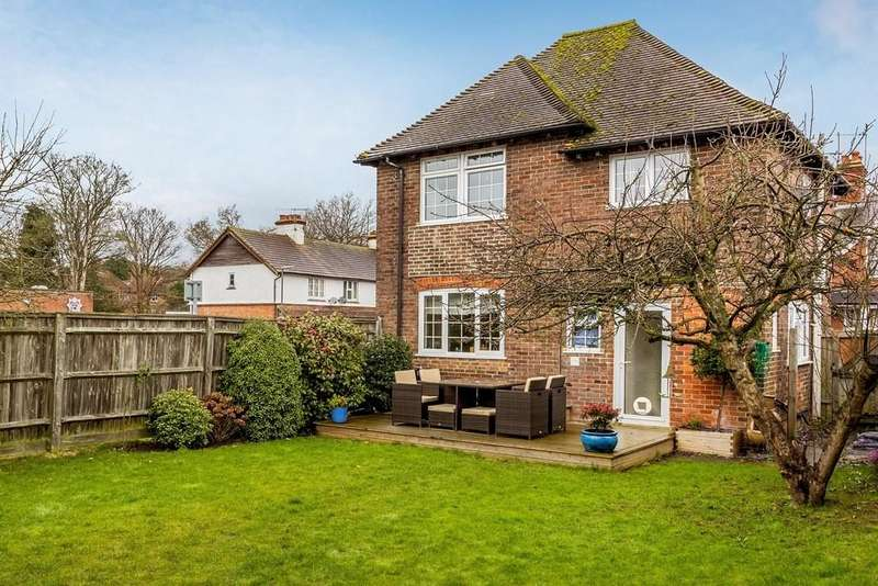 3 Bedrooms Detached House for sale in West Street, Haslemere, GU27