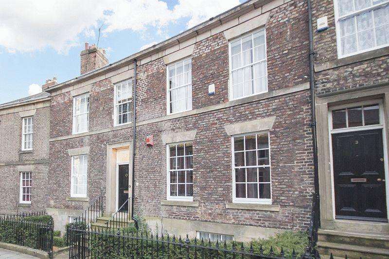 5 Bedrooms Terraced House for sale in St. Thomas Crescent, Newcastle Upon Tyne