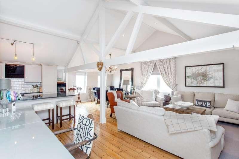 2 Bedrooms Duplex Flat for sale in The Warehouse, Market Place, Ingatestone, Essex, CM4