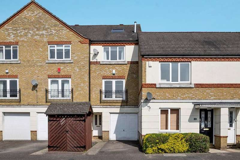 4 Bedrooms Terraced House for sale in Hunstanton Close, Colnbrook, SL3