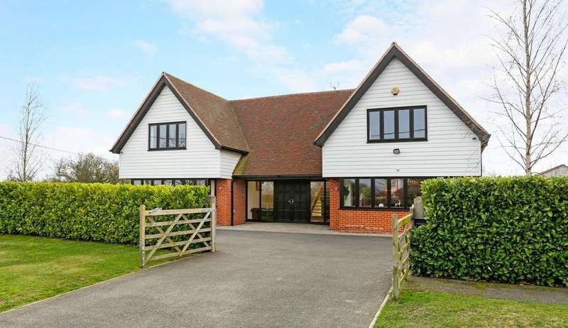 5 Bedrooms Detached House for sale in Braintree, Essex, CM7