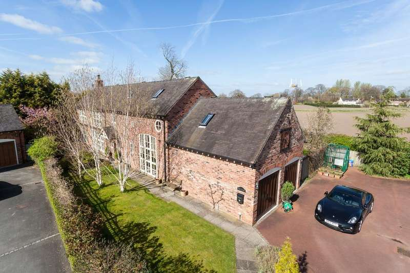 5 Bedrooms Barn Conversion Character Property for sale in Manor Lane, Holmes Chapel