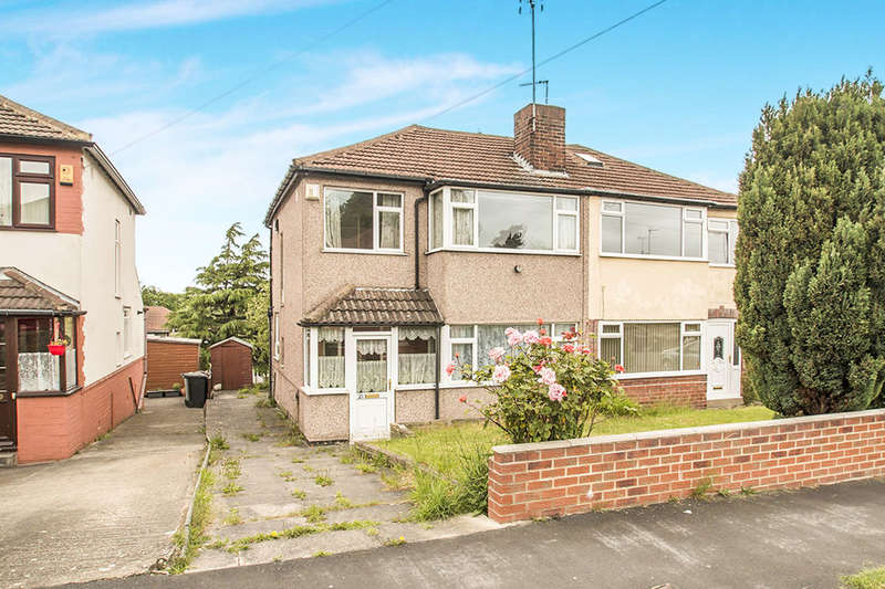 3 Bedrooms Semi Detached House for sale in Southleigh Road, Leeds, LS11