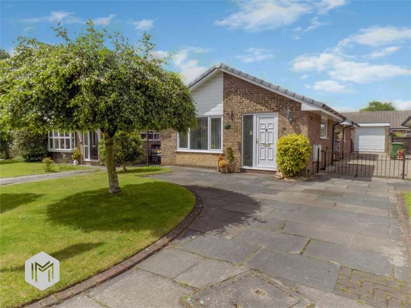 3 Bedrooms Detached Bungalow for sale in Cow Lees, Westhoughton, Bolton, Lancashire