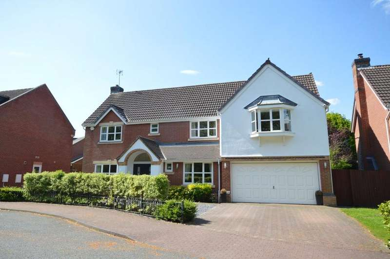 5 Bedrooms Detached House for sale in 58 Tresham Drive, Grappenhall Heys