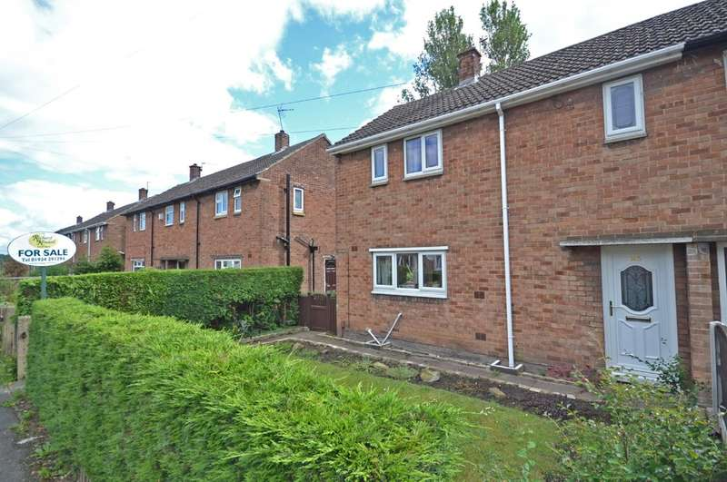 2 Bedrooms Semi Detached House for sale in Parkhill Crescent, Eastmoor, Wakefield