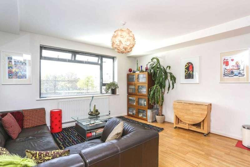 1 Bedroom Apartment Flat for sale in Boleyn Road, Stoke Newington