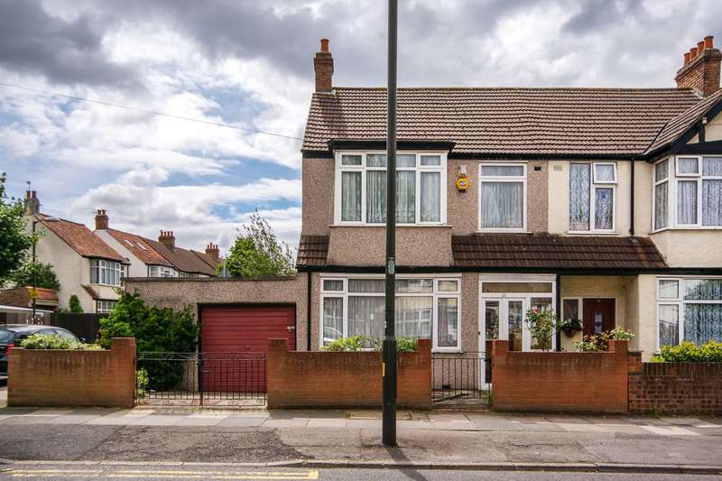 3 Bedrooms House for sale in Stanford Way, Streatham Vale, SW16
