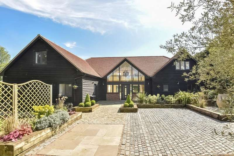 5 Bedrooms Detached House for sale in Woods Lane, Cliddesden