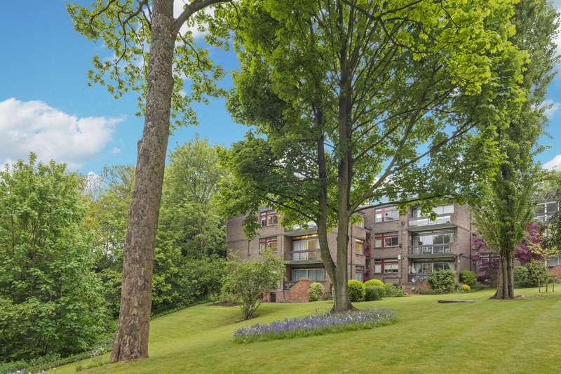 3 Bedrooms Flat for sale in Oak Hill Park, Hampstead Village